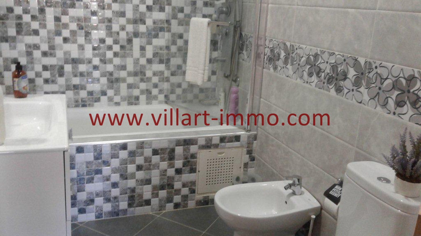 5-A vendre-Appartement-Tanger-Castilla-Salle-De-Bain-VA473-Villart immo-Agence Immobilière