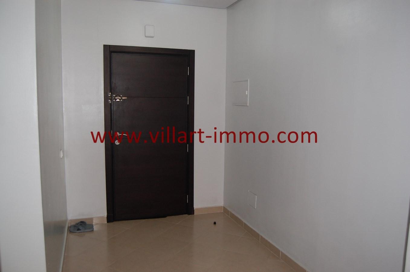 6-Vente-Appartement-Tanger-Route-de-Rabat-Entrée-VA474-Villart Immo