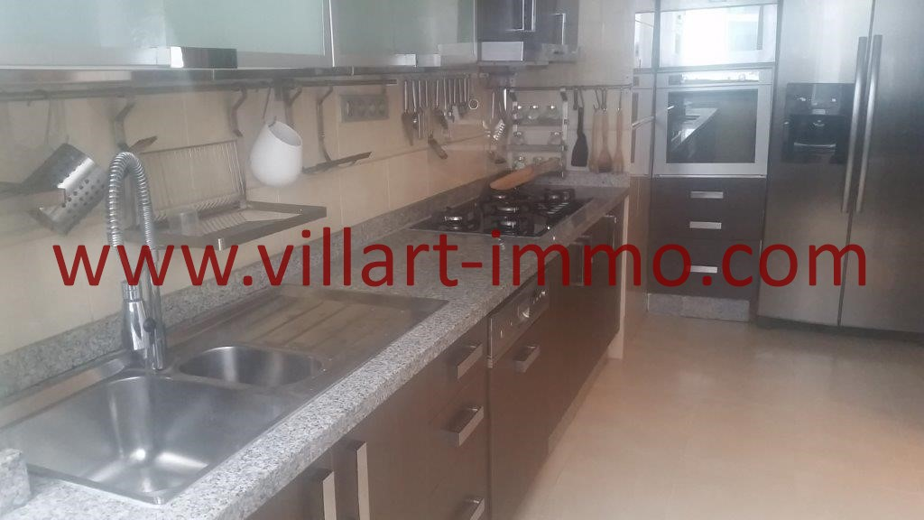 7-For sale-Tangier-Apartment-City centre-Kitchen-VA612