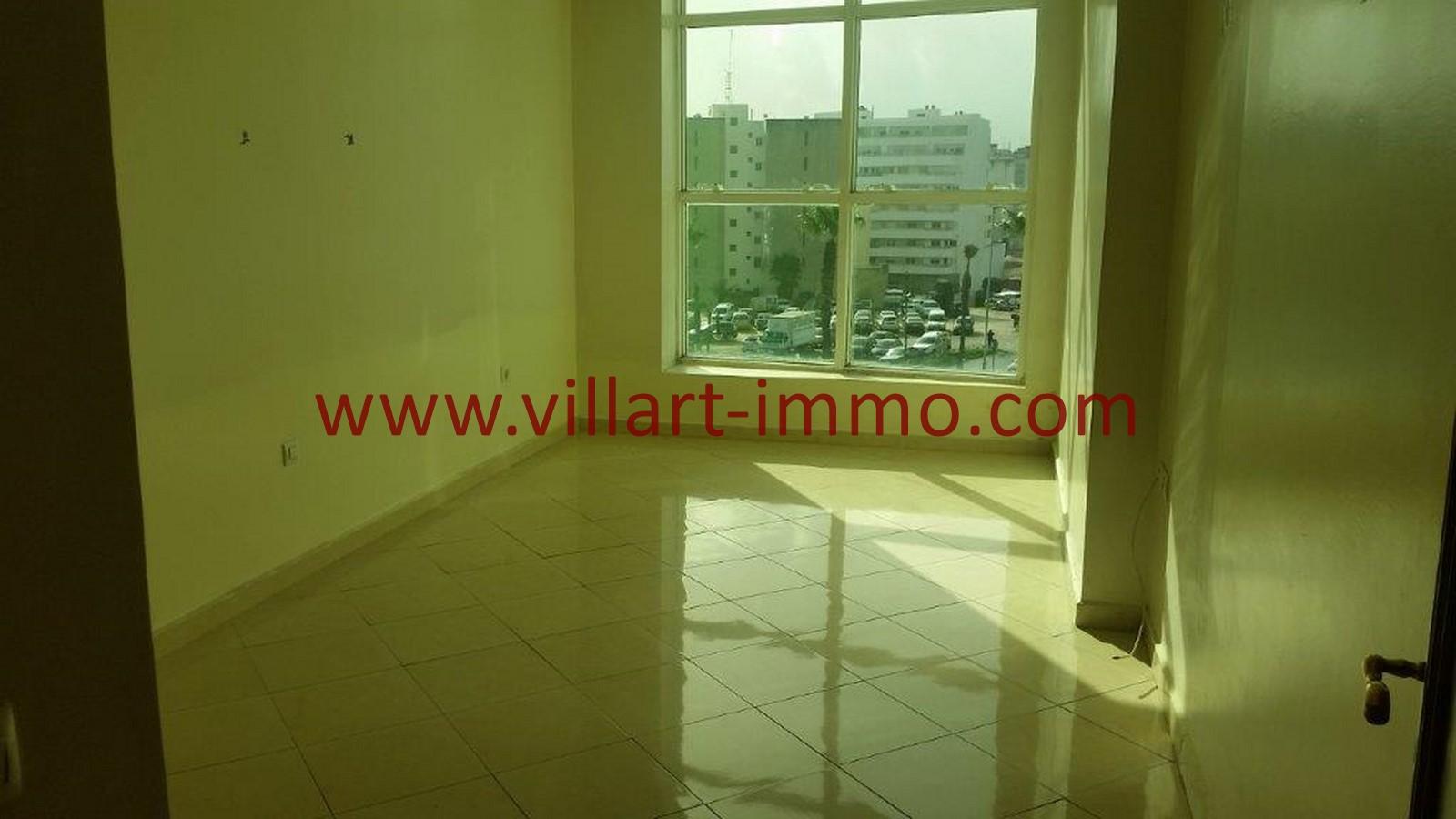 9-A louer-Tanger-Appartement-Non meublée-Centre ville-Chambre-L1029