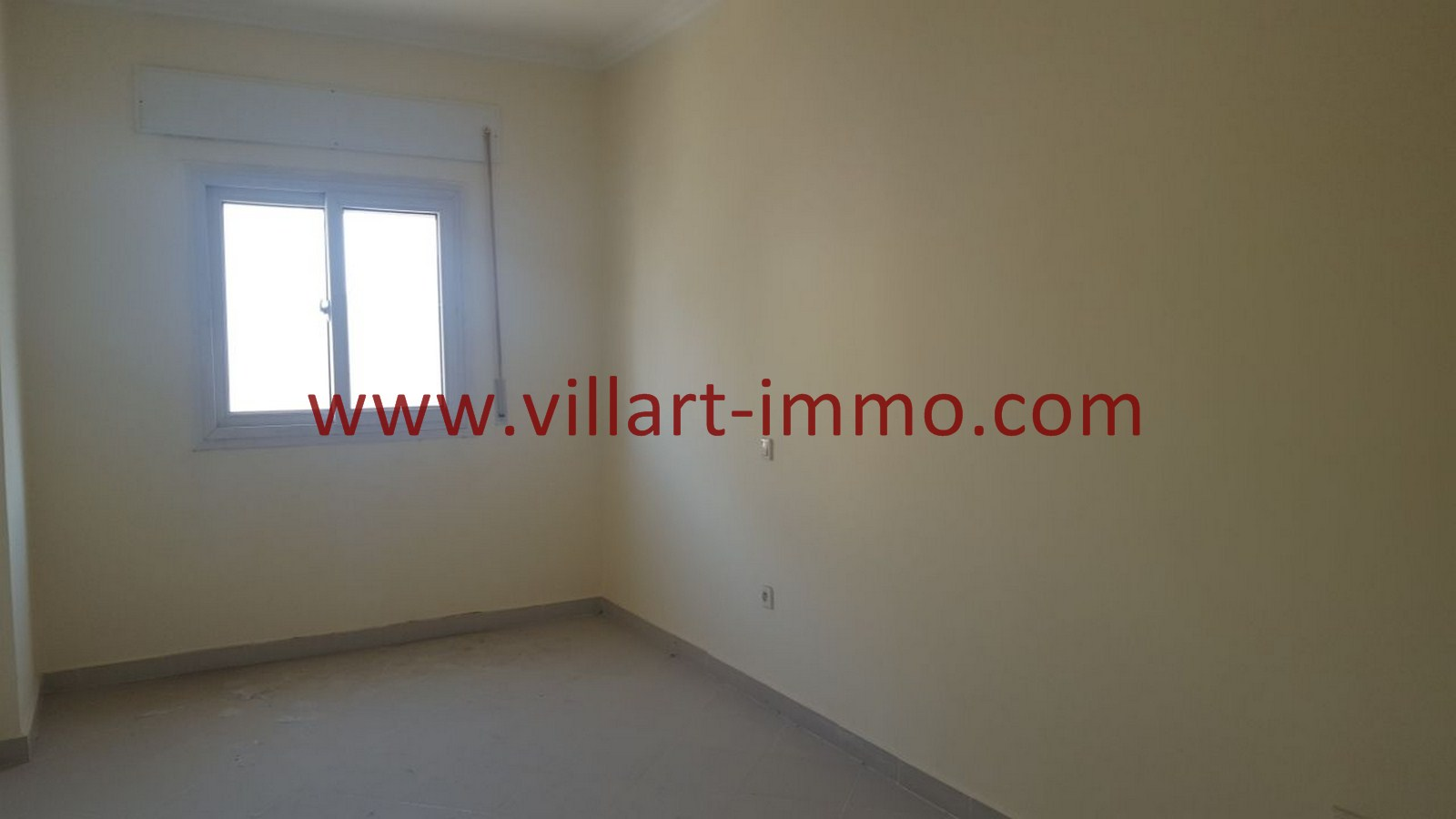 1-Vente-Appartement-Tanger-Mojahidine -Salon-VA485-Villart Immo