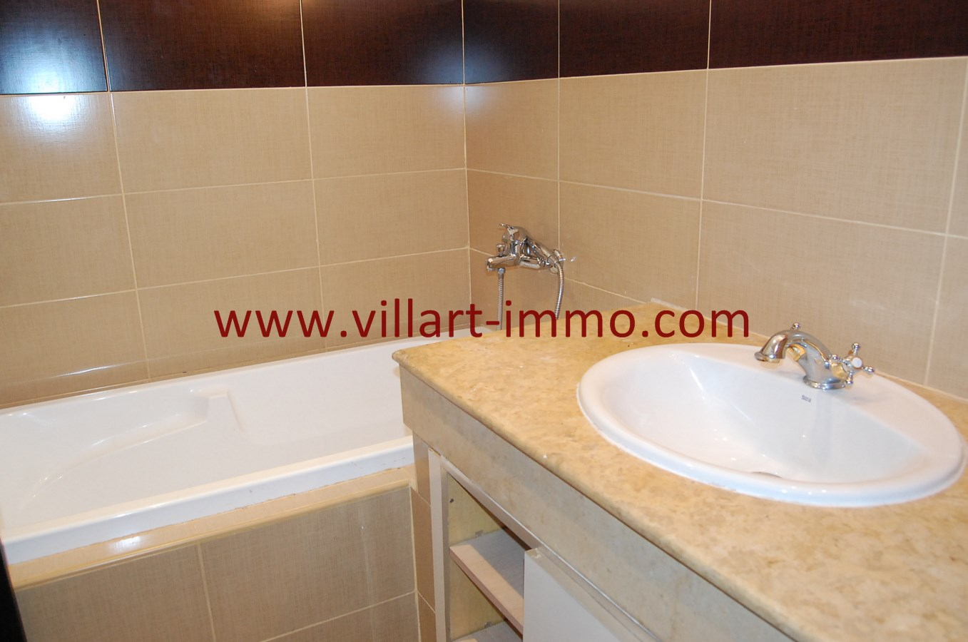 10-Vente-Appartement-Tanger-Salle de Bain 2-VA480-Villart Immo