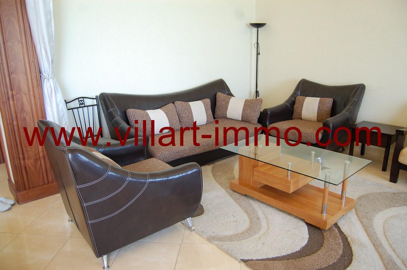 2-Location-Tanger-Appartement-Playa-L447-Salon
