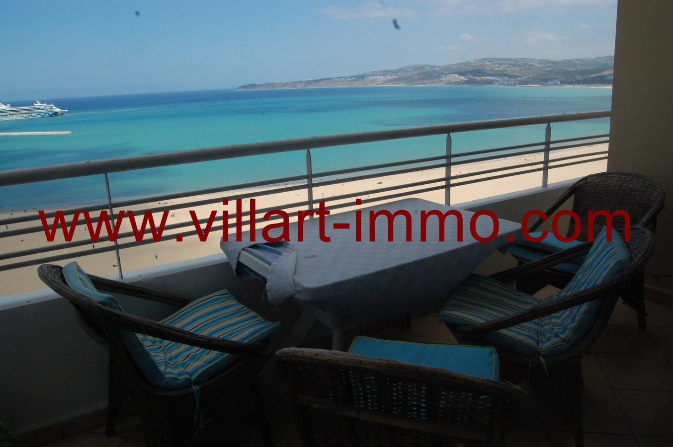3-Location-Tanger-Appartement-Playa-L448-Balcon