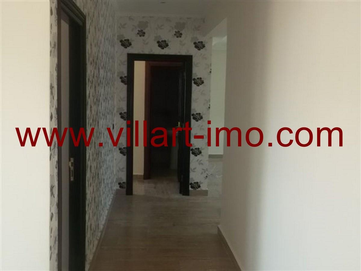 4-Vente-Appartement-Tanger-Centre-Ville -Entrée -VA179-Villart Immo