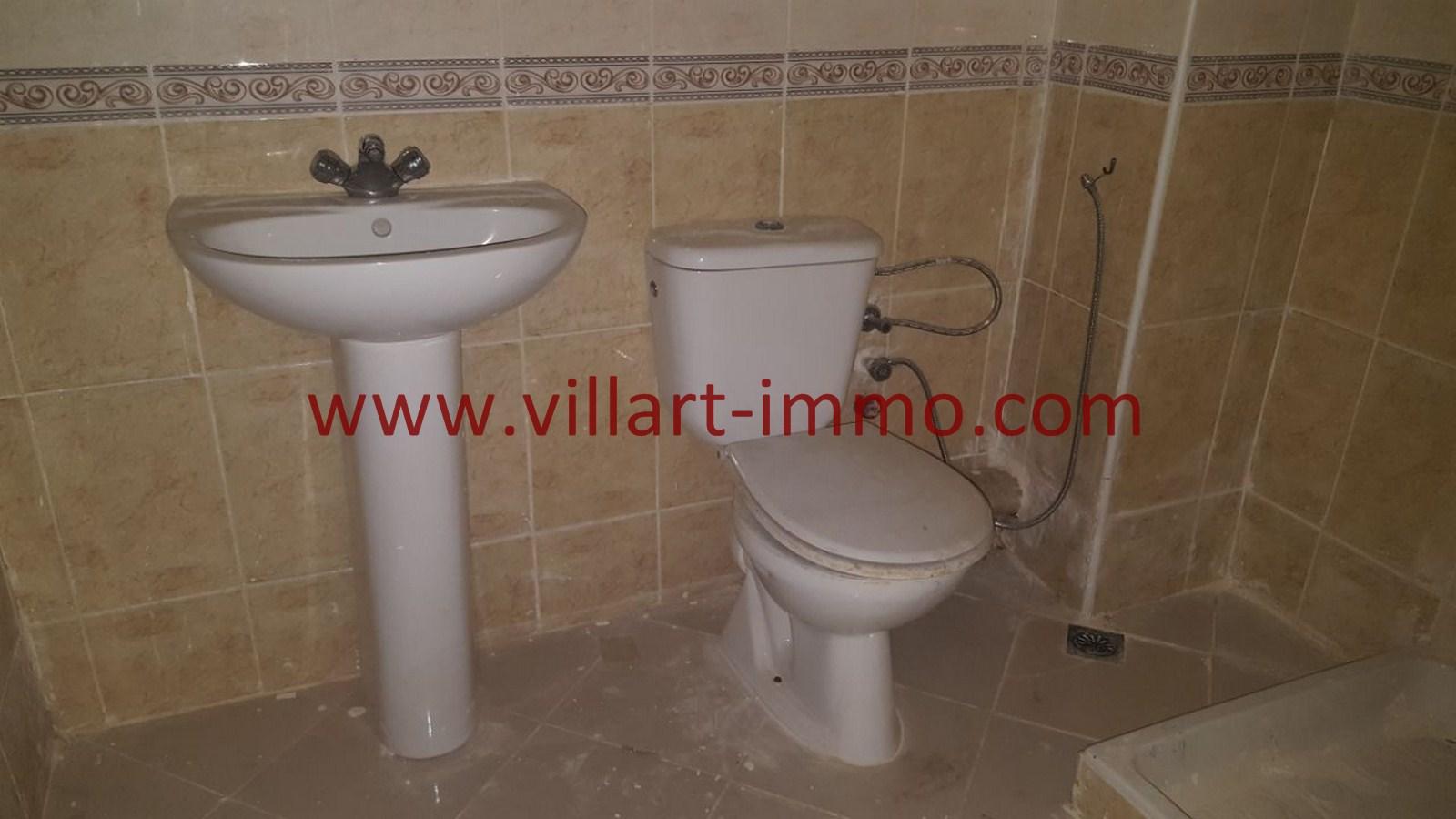 4-Vente-Appartement-Tanger-Mojahidine -Salle-De-Bain-VA485-Villart Immo