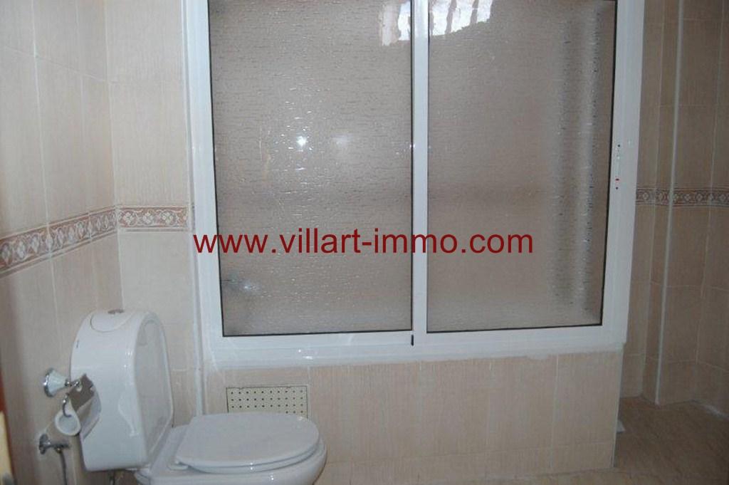 6-Vente-Appartement-Tanger-Centre-Ville -Salle-De-Bain-VA179-Villart Immo