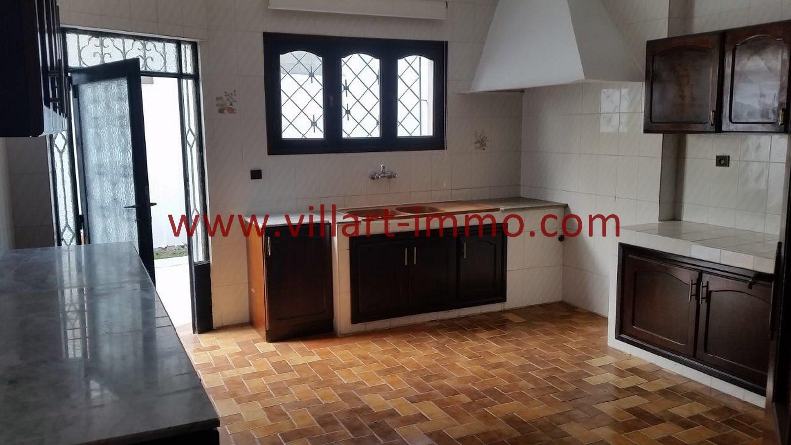 A louer tanger villa non meubl e dans quartier calme for Location non meublee