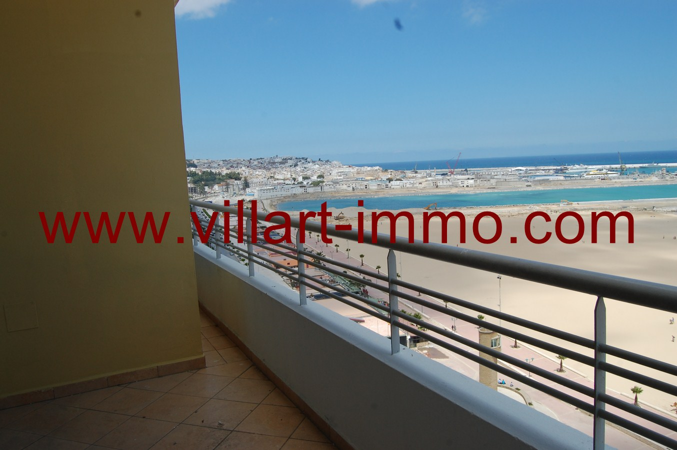 9-Location-Tanger-Appartement-Playa-L447-Balcon