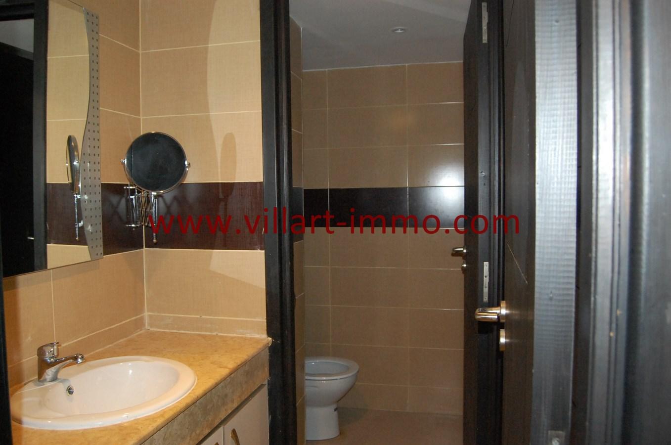 9-Vente-Appartement-Tanger-WC-VA480-Villart Immo