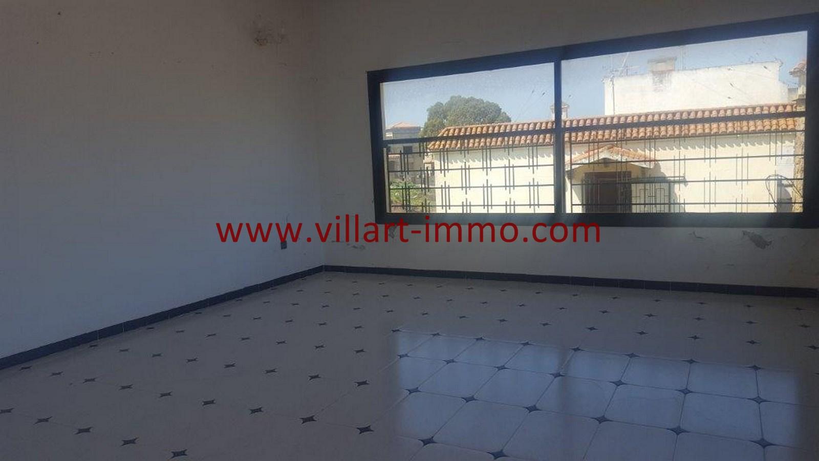 17-Vente-Villa-Tanger-Moujahidin-Salon 3-VV491-Villart Immo