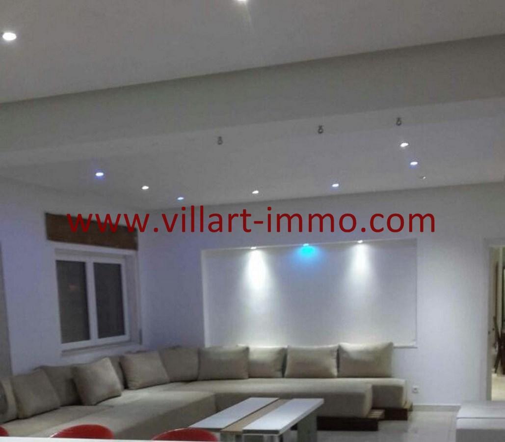 2-Vente-Appartement-Tanger-Malabata-Salon 1-VA489-Villart Immo