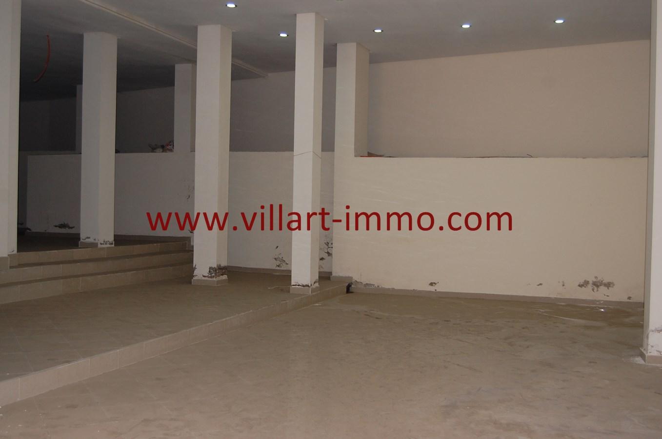 3-Vente-Local-Tange-Centre ville-Espace 2-VLC492-Villart Immo