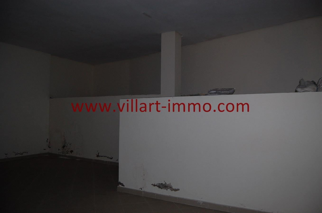 5-Vente-Local-Tange-Centre ville-Espace 4-VLC492-Villart Immo
