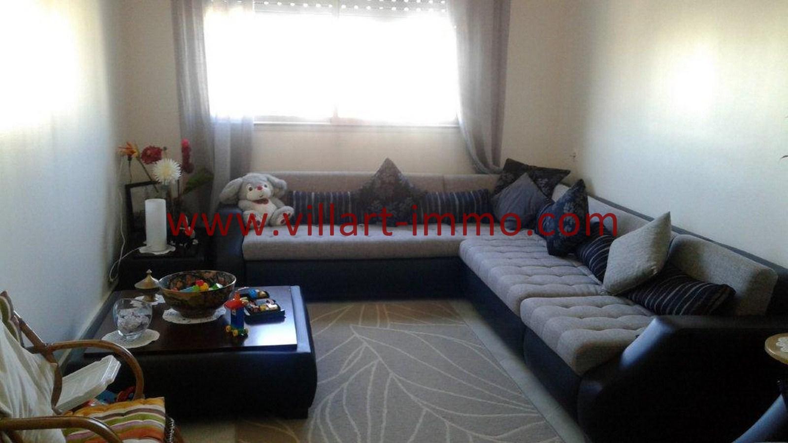 1-A louer -Appartement-Tanger-Castilla-Salon 1-L1040-Villart immo-Agence Immobilière
