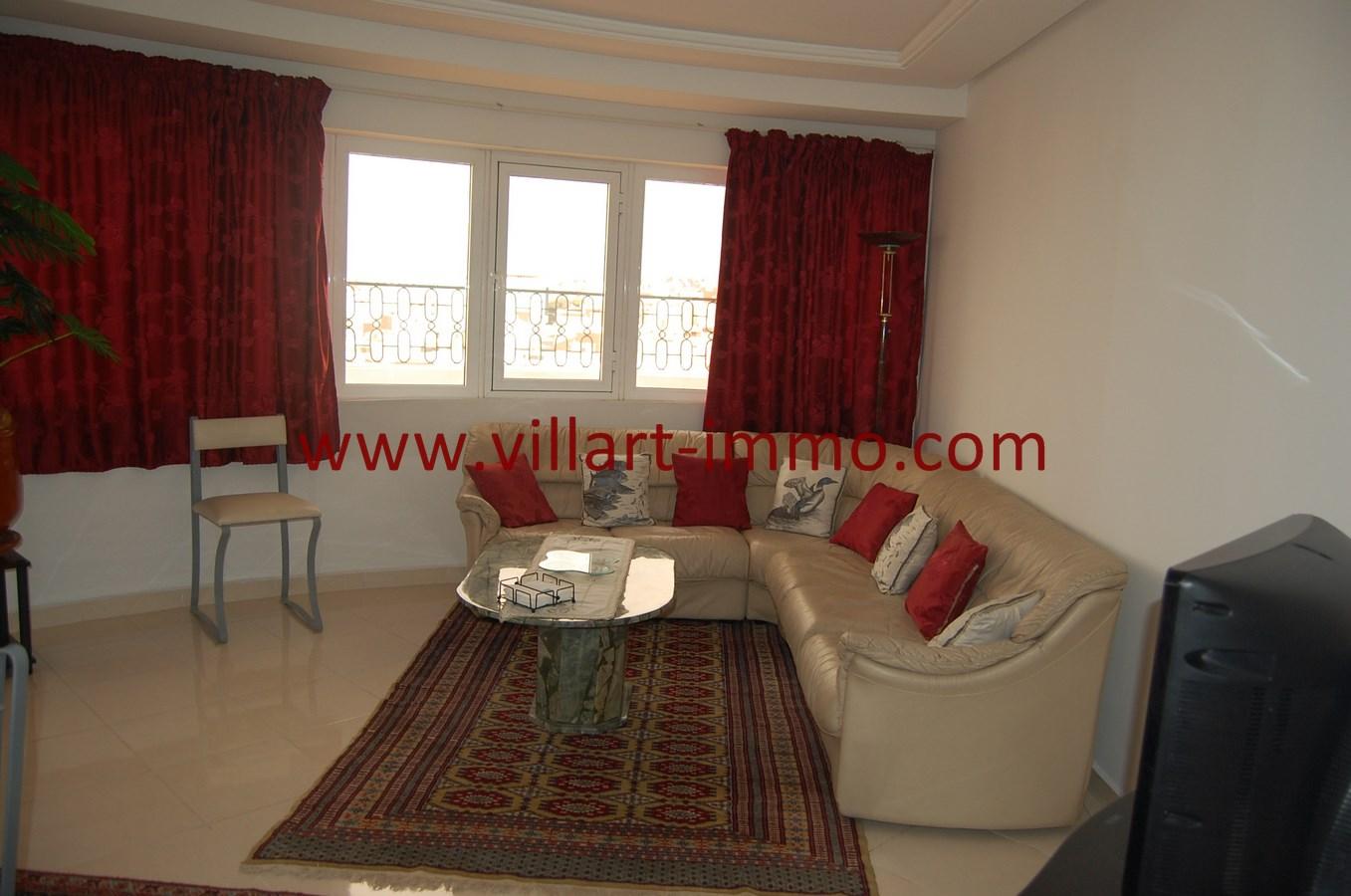 2-Vente-Appartement-Tanger-Route de Rabat-Salon 1-VA494-Villart Immo