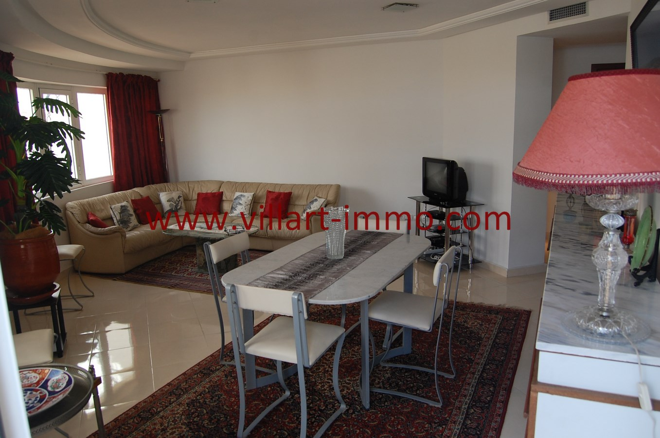 3-Location-Appartement-Tanger-Route de Rabat-Salon 2-L1042-Villart Immo