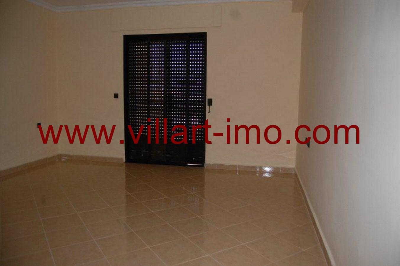3-Vente-Villa-Tanger-Boubana-Chambre à coucher 1-VV493-Villart Immo