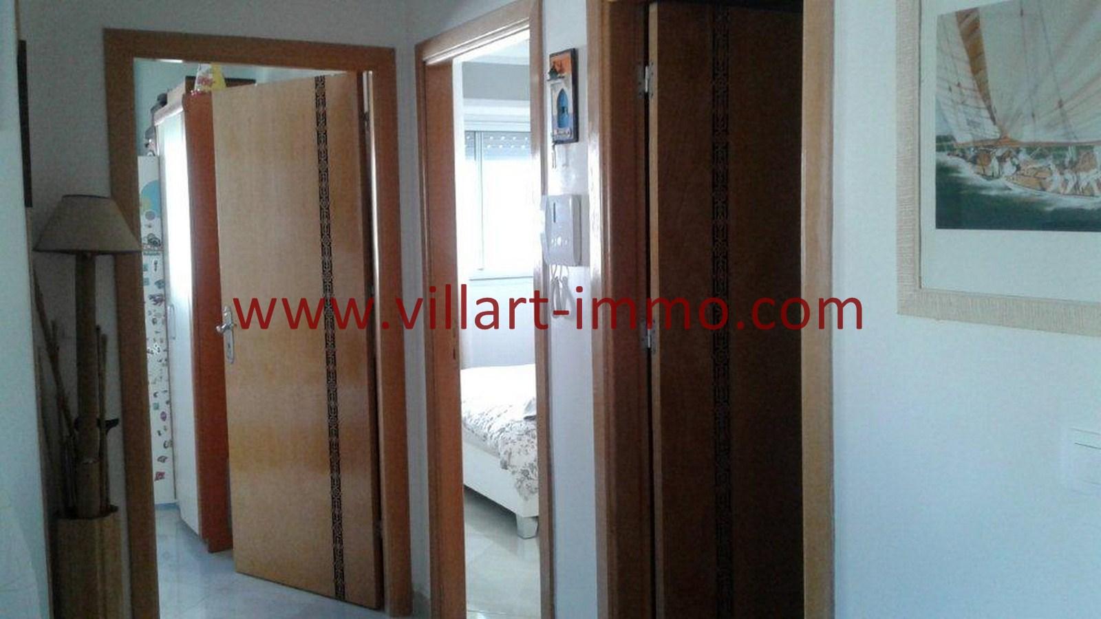 4-A louer-Appartement-Tanger-Castilla-Entrée-L1040-Villart immo-Agence Immobilière