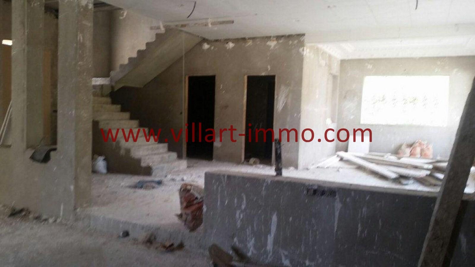 4-Vente-Villa-Tanger-Moujahidin-Salon 2-VV495-Villart Immo