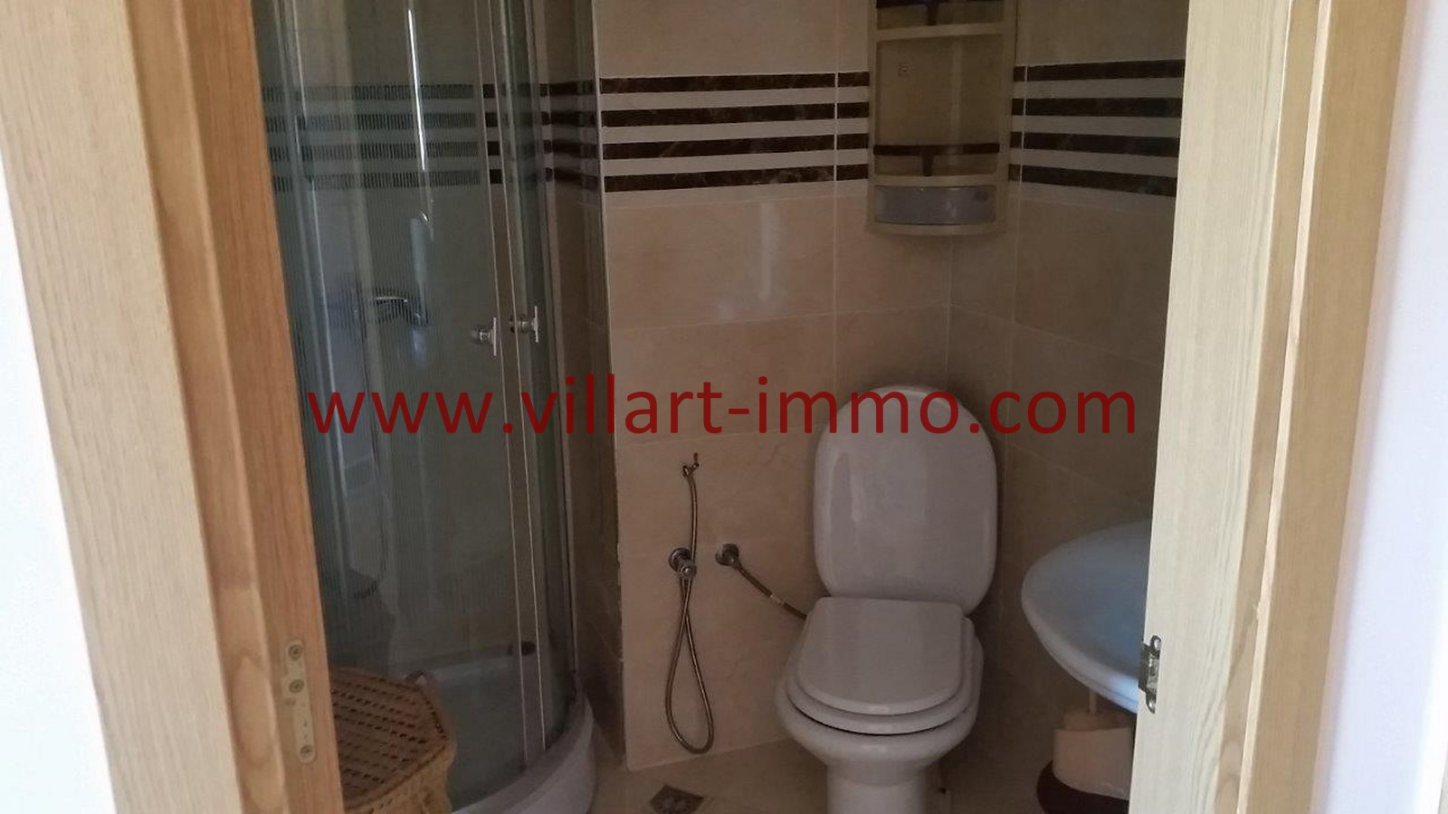 Location appartement meubl tanger avec terrasse zone for Location meuble