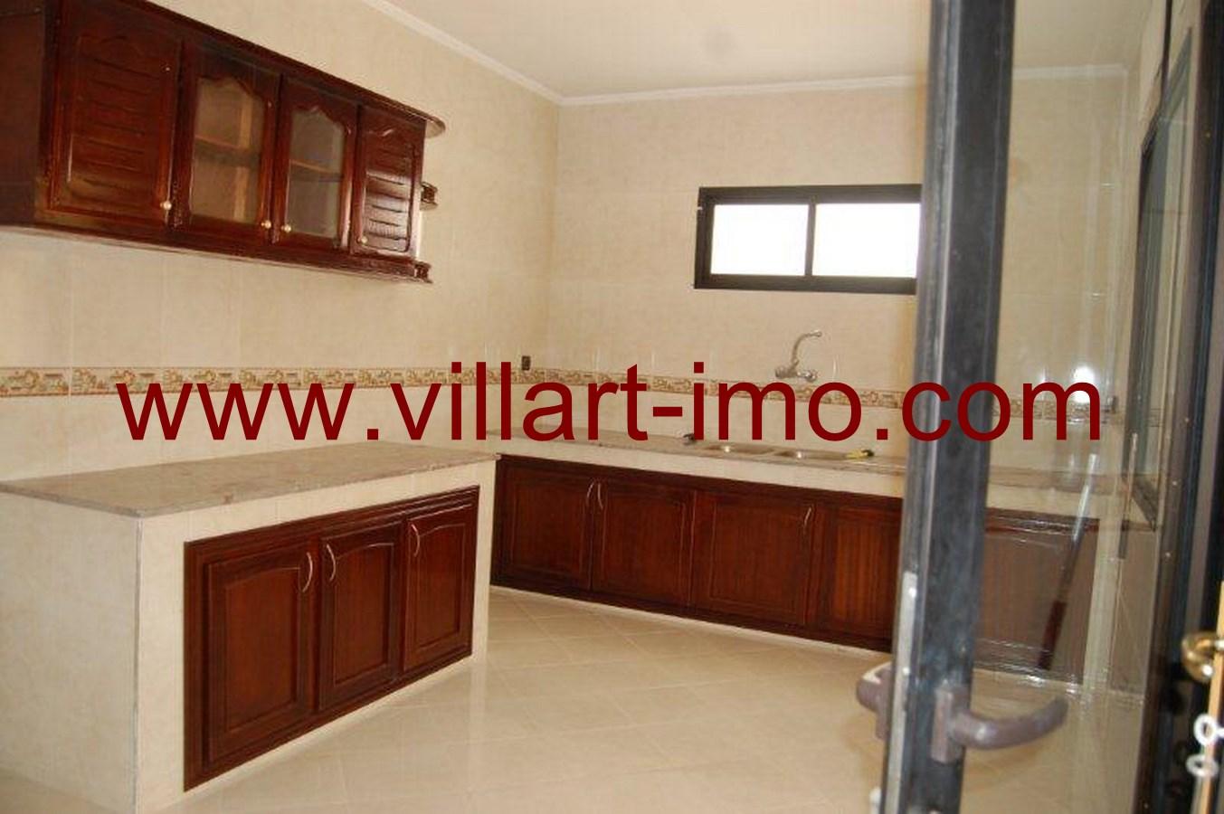 8-Vente-Villa-Tanger-Boubana-Salle de bain 1 -VV493-Villart Immo