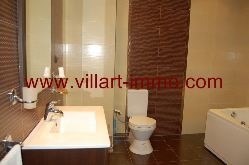 9-Vente-Appartement-Tanger-Centre Ville-Salle de Bain-VA496-Villart Immo