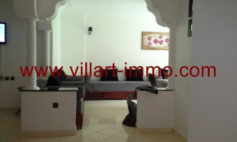 1-Location-Tanger-Appartement-Centre-Ville-L418-Salon