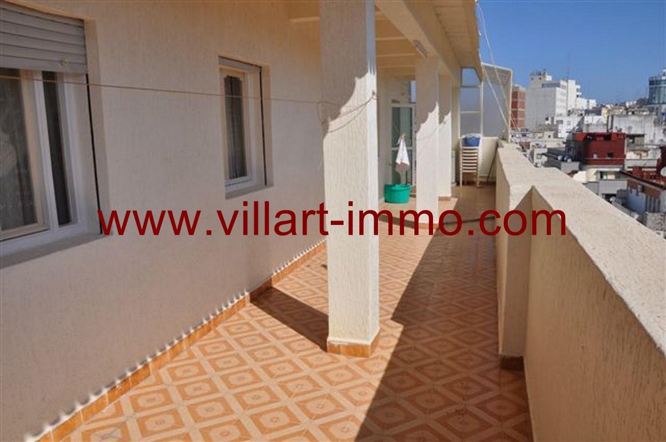 10-Appartement-Meublé-Terrasse-Tanger-agence immobilière-villartimmo