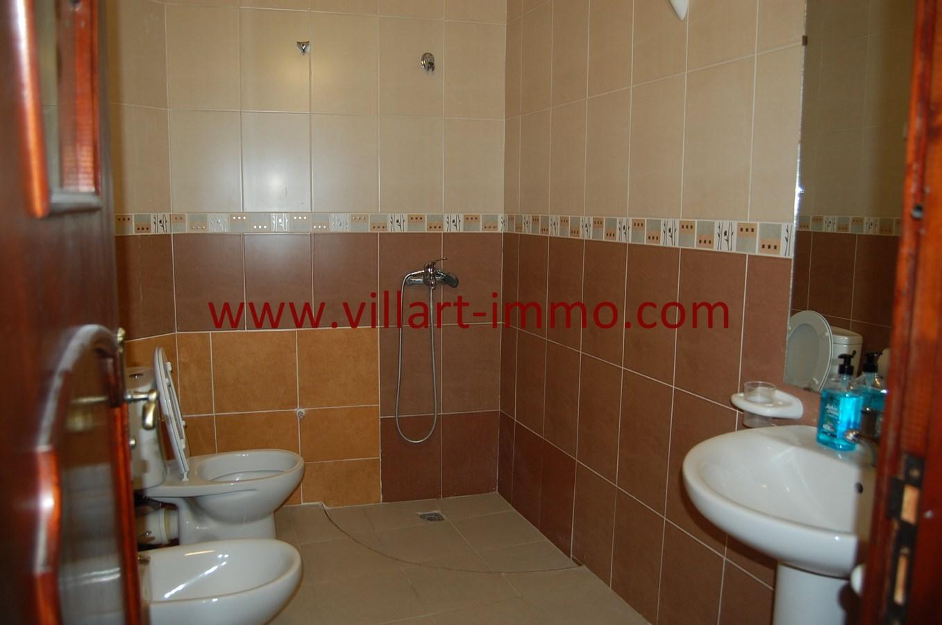 10-Vente-Villa-Tanger-Mojahidin-Salle de bain-VV503-Villart Immo