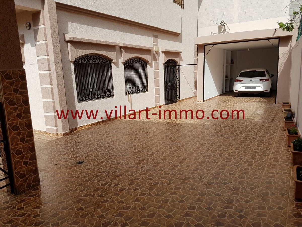 16-Vente-Villa-Tanger-Mojahidin-Garage 2-VV503-Villart Immo