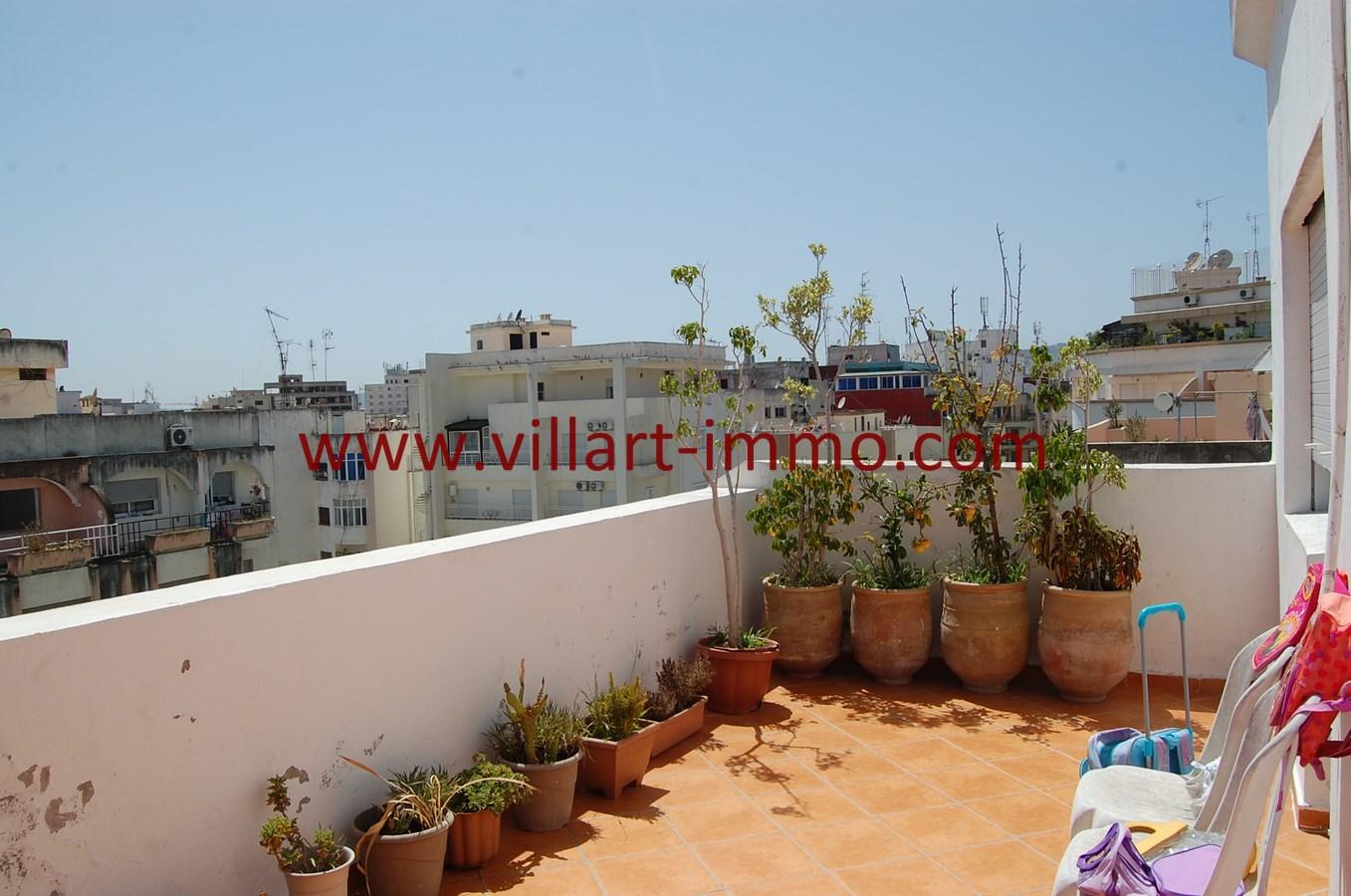 3-Vente-Appartement-Tanger-Centre-Ville-Terrasse 2-VA505-Villart Immo