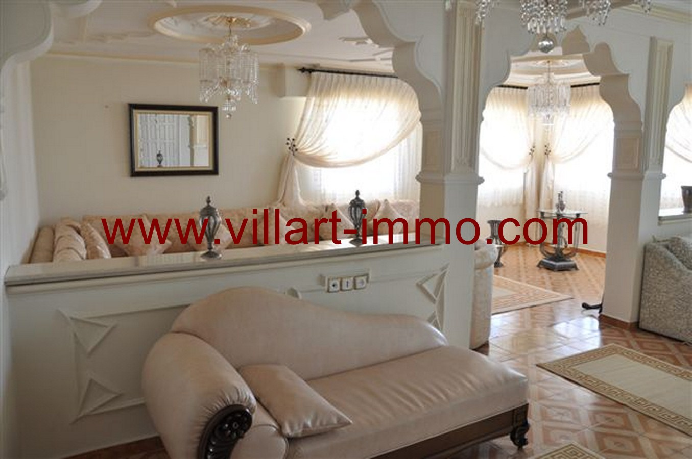 4-Appartement-Meublé-Salon-Tanger-agence immobilière-villartimmo