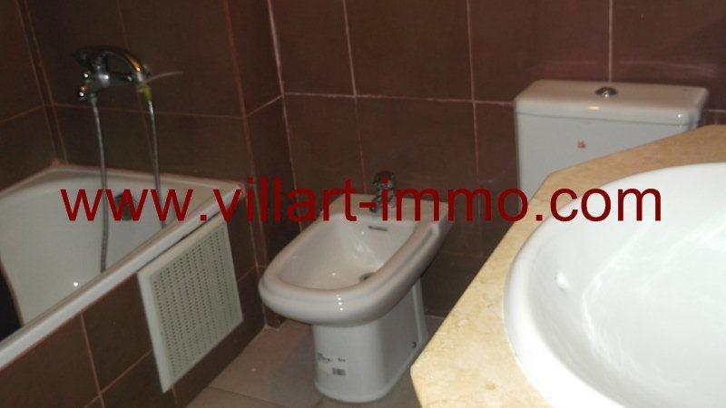 8-Location-Appartement-Meublé-Centre ville-Tanger-Salle de bain-L951-Villart immo