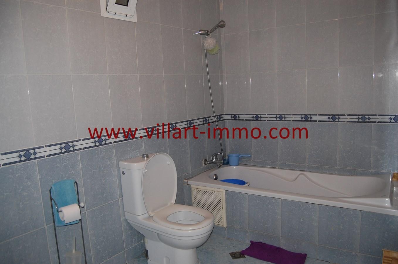 8-Vente-Appartement-Tanger-Centre-Ville-Salle de bain-VA505-Villart Immo