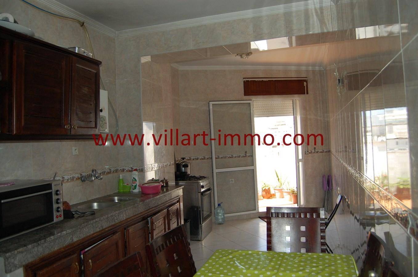 9-Vente-Appartement-Tanger-Centre-Ville-Cuisine-VA505-Villart Immo