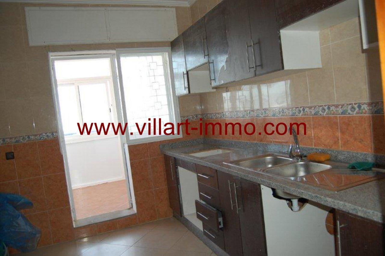 10-Vente-Appartement-Assilah-Cuisine-VA161-Villart Immo