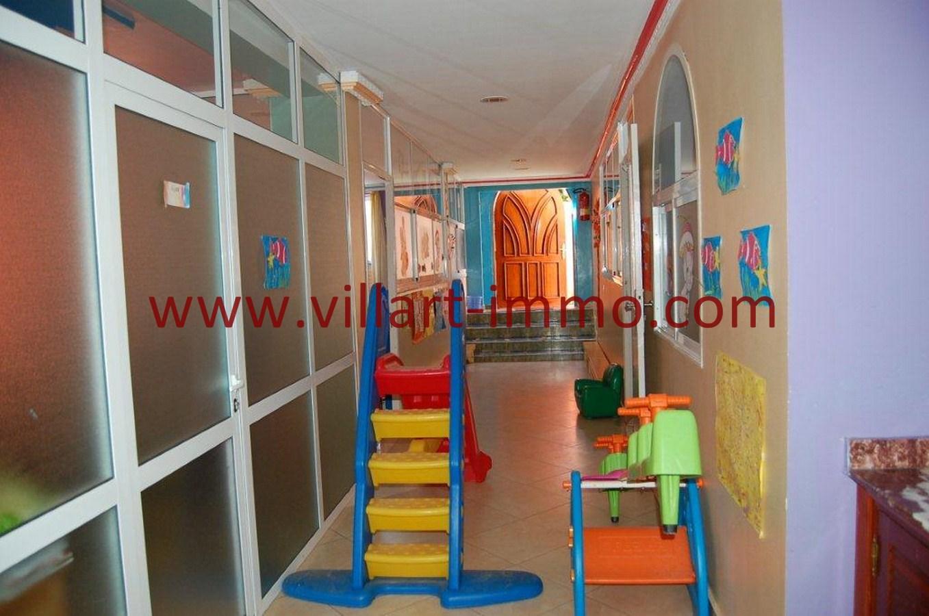 2-Vente-Villa-Tanger-Mojahidin-Salon 2-VV512-Villart Immo