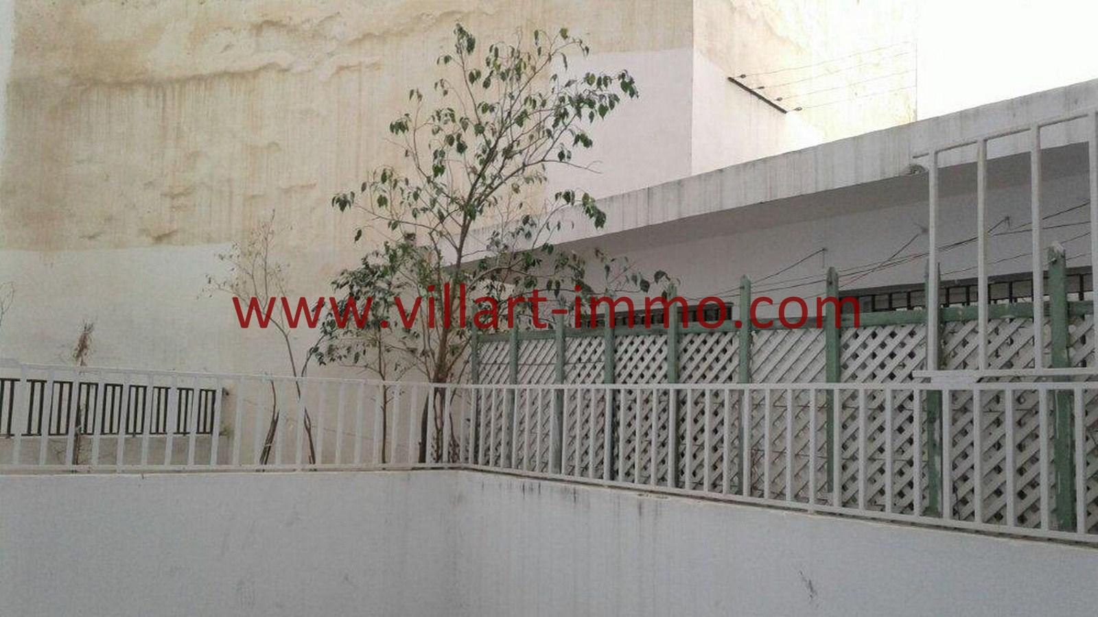 4-Vente-Bureau-Tanger-Centre-Ville-Cour 2-VLC515-Villart Immo