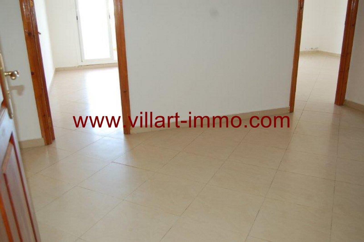 9-Vente-Appartement-Assilah-Entrée-VA161-Villart Immo
