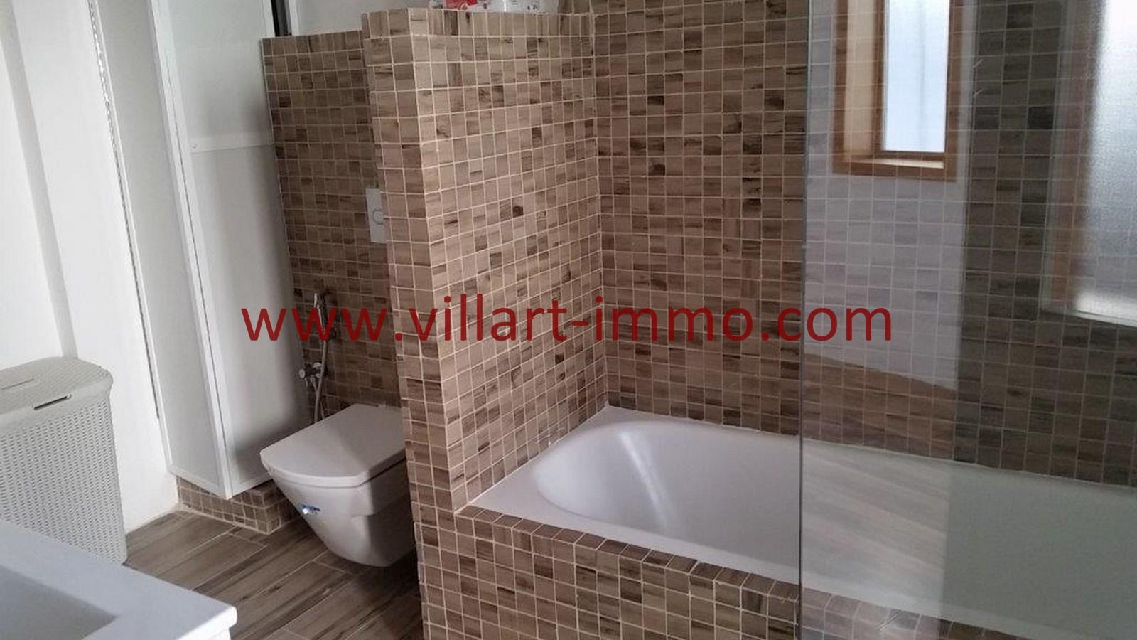 14-Vente-Appartement-Tanger-Centre-De-Ville-Salle de bain 1-VA518-Villart Immo