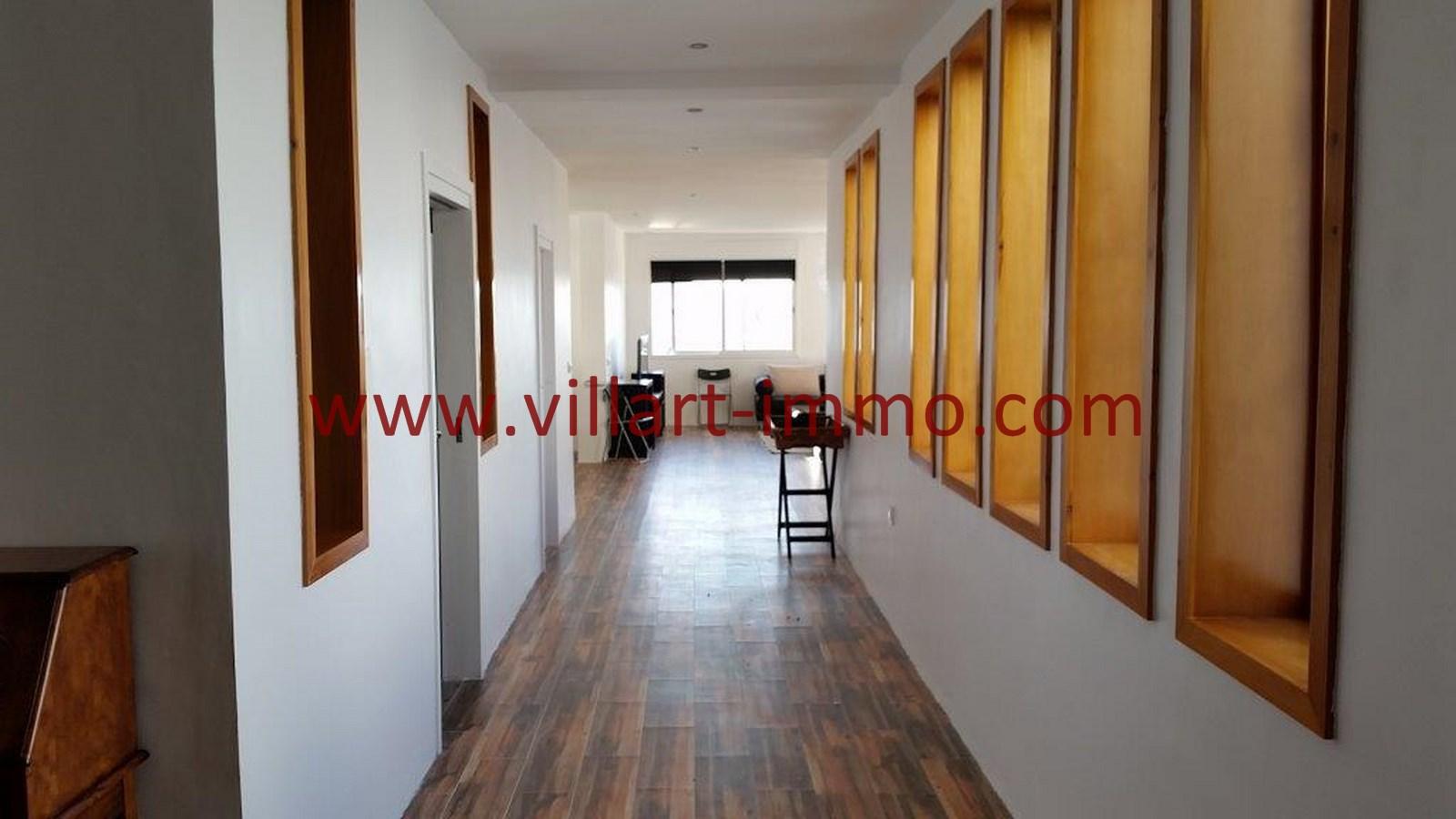2-Vente-Appartement-Tanger-Centre-De-Ville-Entrée-VA518-Villart Immo