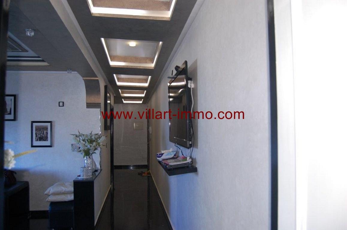 5-Location-Appartement-Meublé-Malabata-Tanger-Couloir chambres-Agence-L1056
