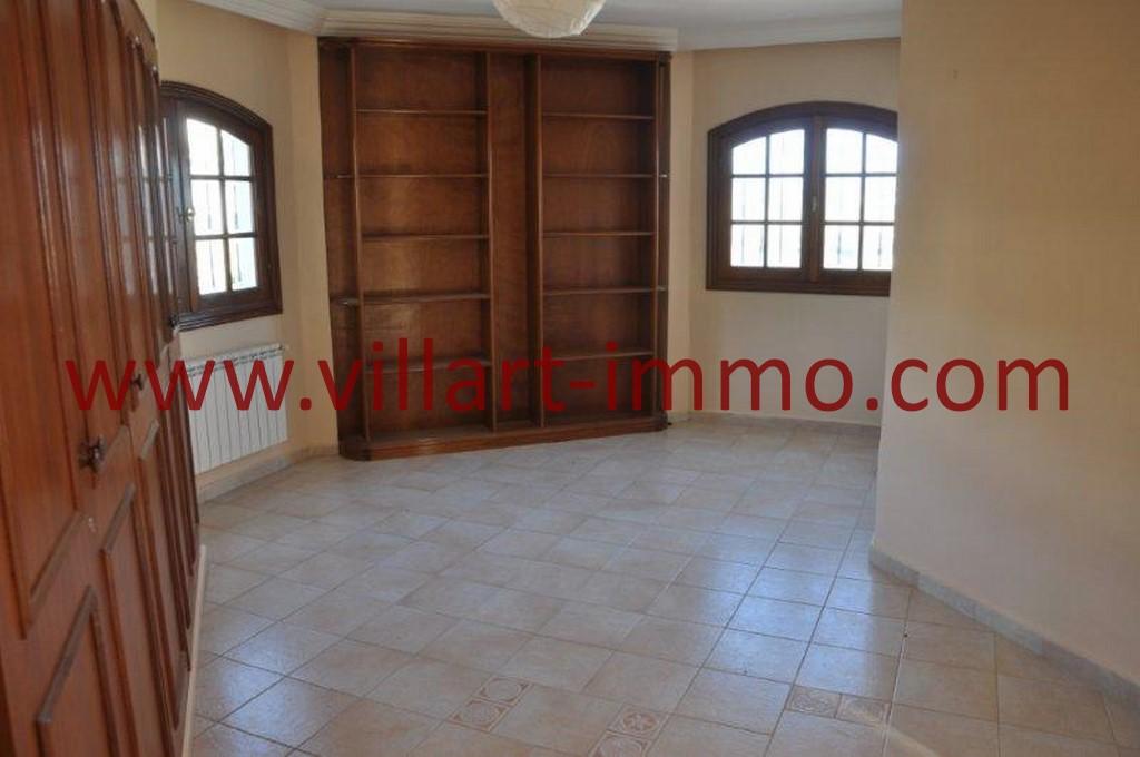 7-Location-villa-Tanger-non meublée-Boubana-couloir-LV152