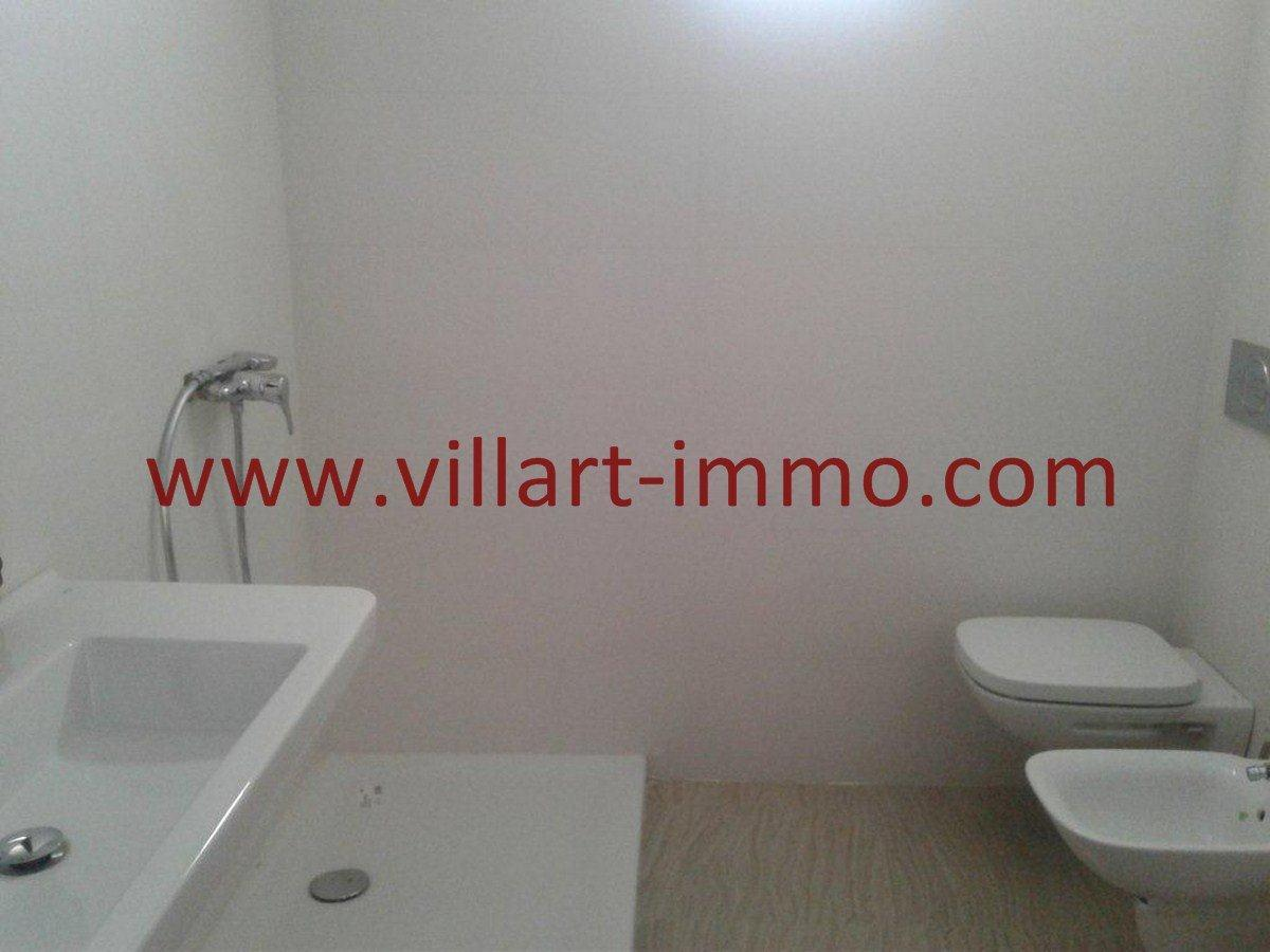10-Vente-Appartement-Tanger-Centre-De-Ville-Salle de bain 1 -VA525-Villart Immo