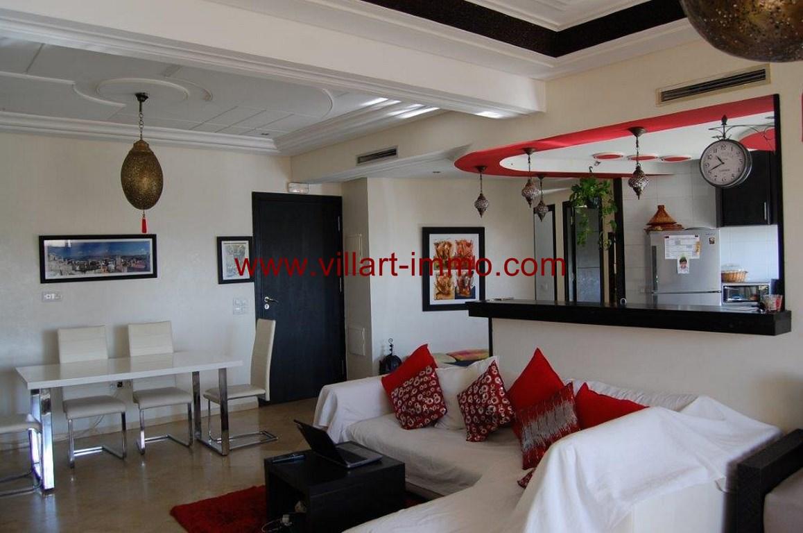 3-Location-appartement-meublé-F4-salle à manger-centre ville-agence immoniliere-Villart immo-L1079 (Copier)