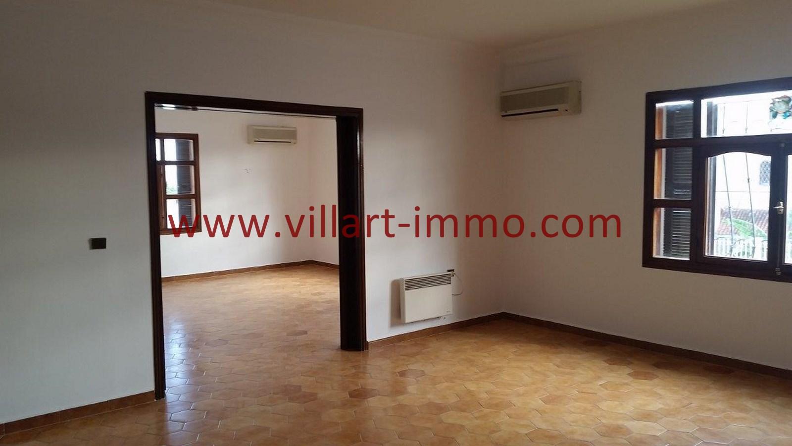 4-Vente-Villa-Tanger-Salon 3-VV528-Villart Immo