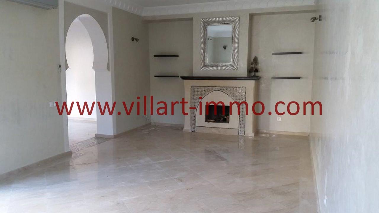 6-A louer-Tanger-Villa-Non meublée-Malabata-Double salon-LV1078