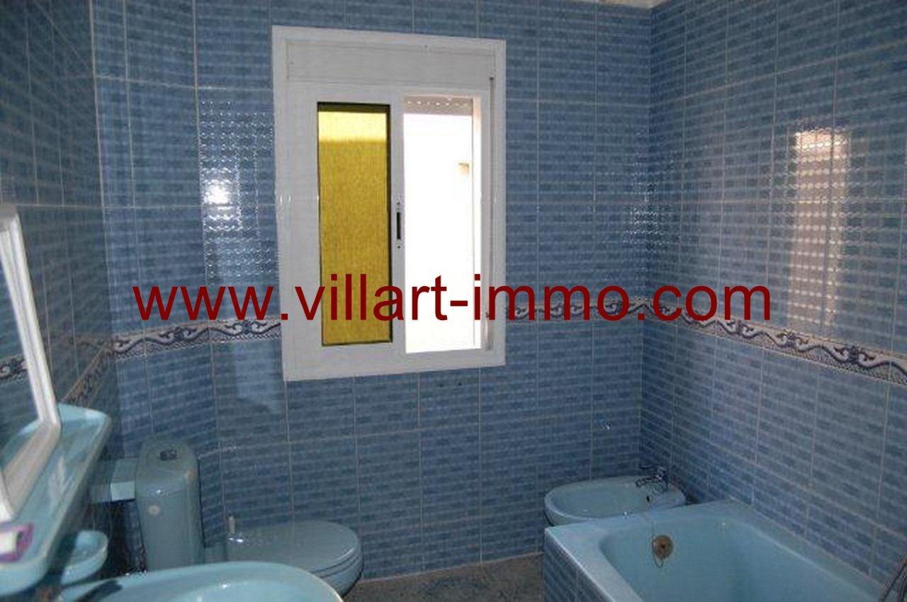 6-Vente-Appartement-Tanger-Salle de bain 2-VA529-Villart Immo