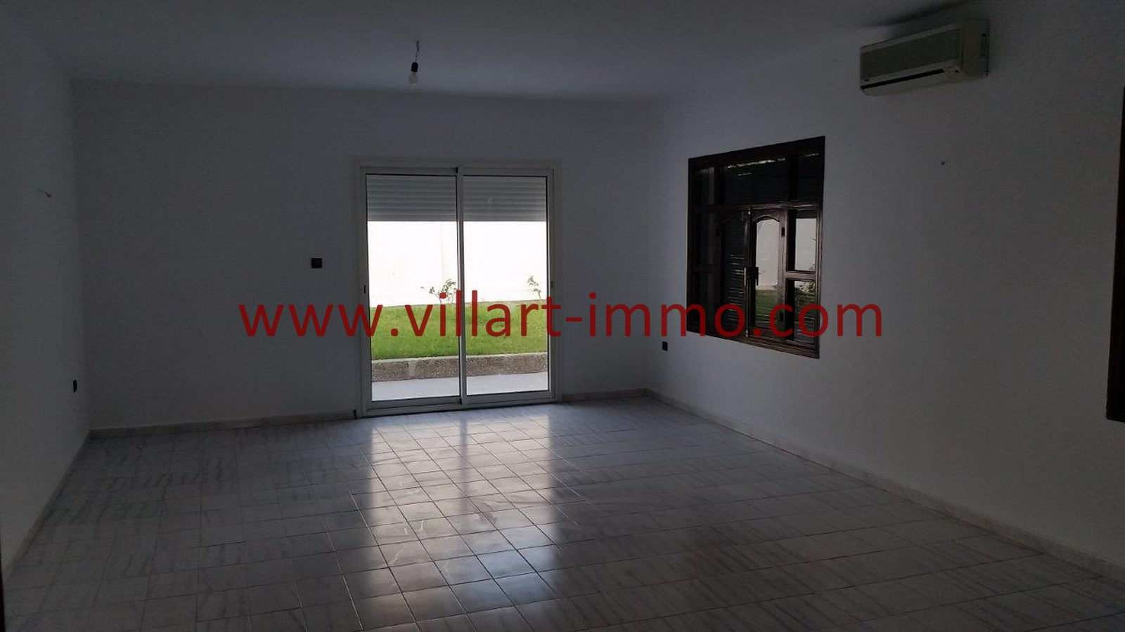 7-Vente-Villa-Tanger-Salon 5-VV528-Villart Immo
